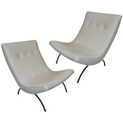 Pair of Vintage Scoop Chairs in the Manner of Milo Baughman