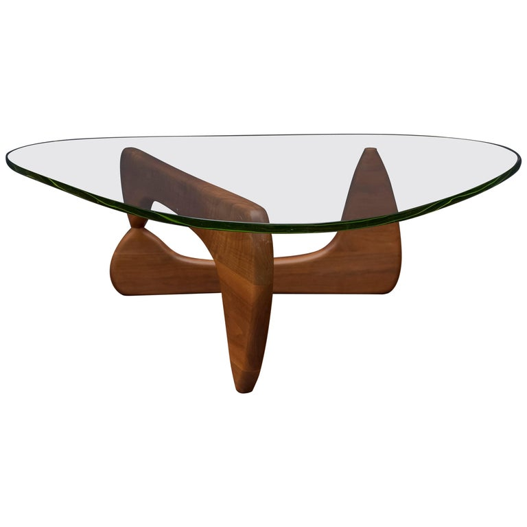 Early Isamu Noguchi Coffee Table Model IN-50 For Sale
