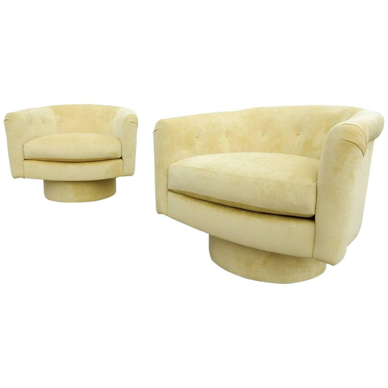 Pair of 1970s Milo Baughman Style Velvet Swivel Lounge Chairs For Sale