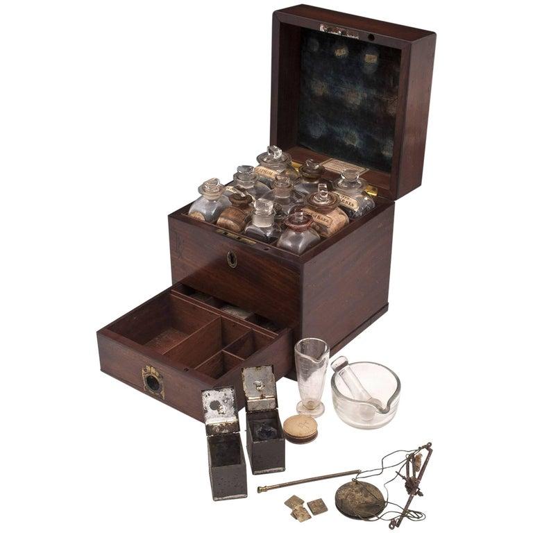 Antique Apothecary Medicine Box G. Marhsall & Co, 19th Century