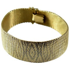 Mid-Century Modern Ladies 14 Karat Mesh Bracelet with Stamped Design 1960s