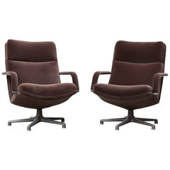 Pair of F154 Geoffrey Harcourt Swivel Lounge Chair