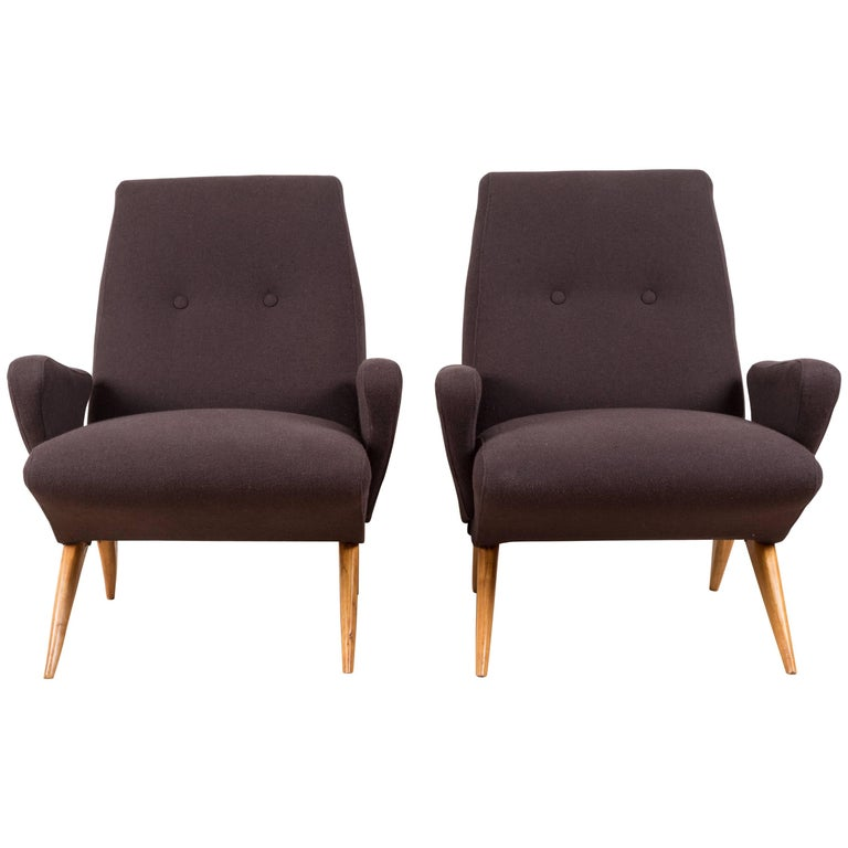 Pair of Italian Armchairs by Nino Zoncada For Sale