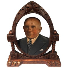 Oval Fotoescultura of Old Bald Man