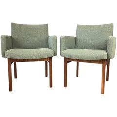 Pair of Midcentury Walnut Lounge Chairs Attributed to Jens Risom