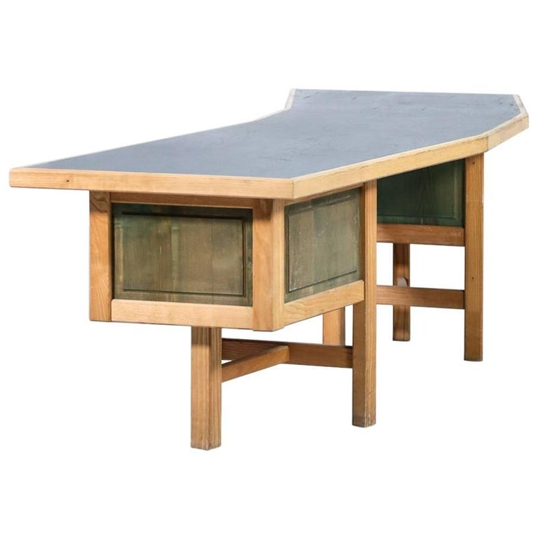 Unique Modernist Desk, 1970s French Design in the Style of Pierre Chapo
