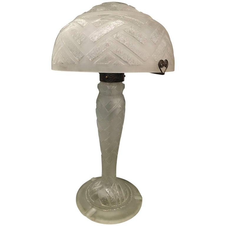 Important Art Deco Daum Frères 'Nancy, France' Etched Glass & Wrought Iron Lamp