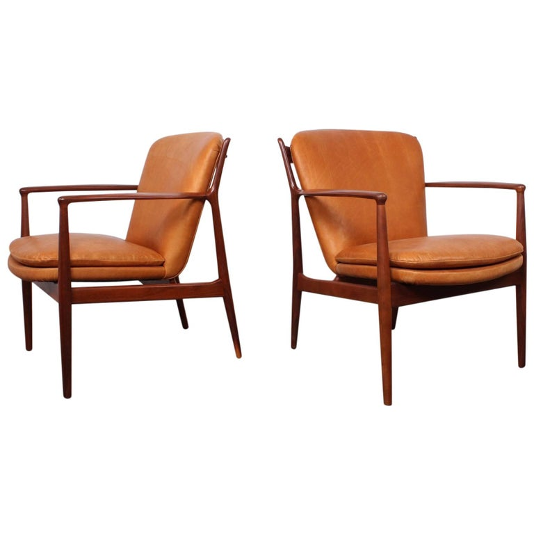 "Pair of Finn Juhl ""Delegate"" Chairs For Sale"