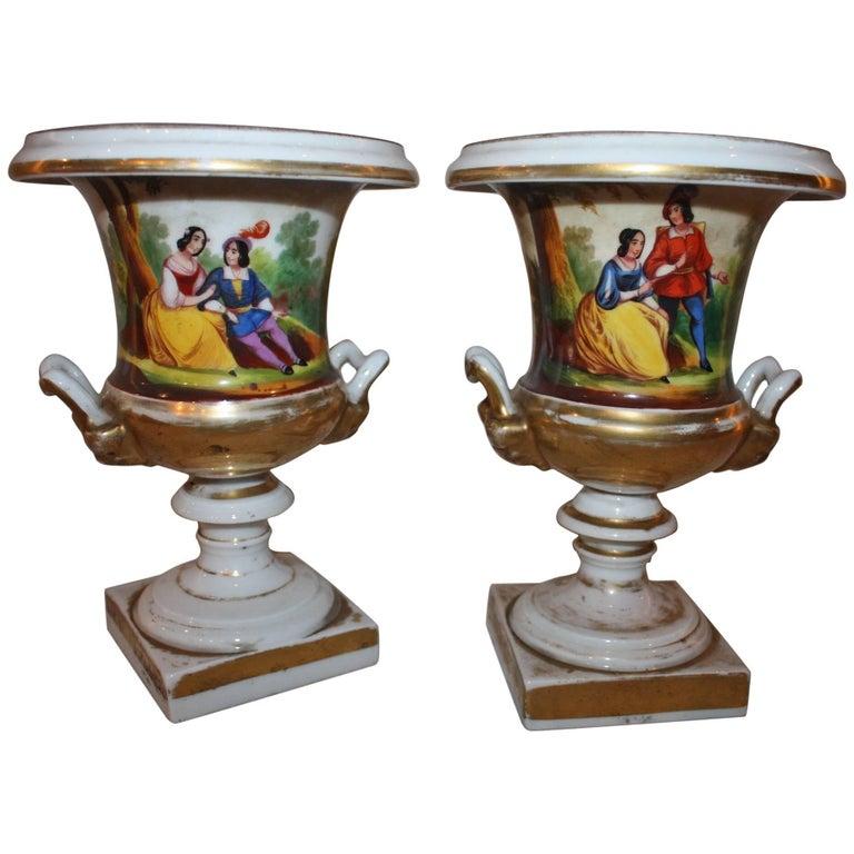 """19th Century Pair of Vases """"Porcelaine de Paris"""" For Sale"""