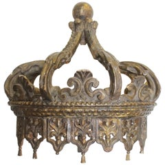 Early 19th Century Louis XIV Style Bed Corona Crown Shaped Canapé