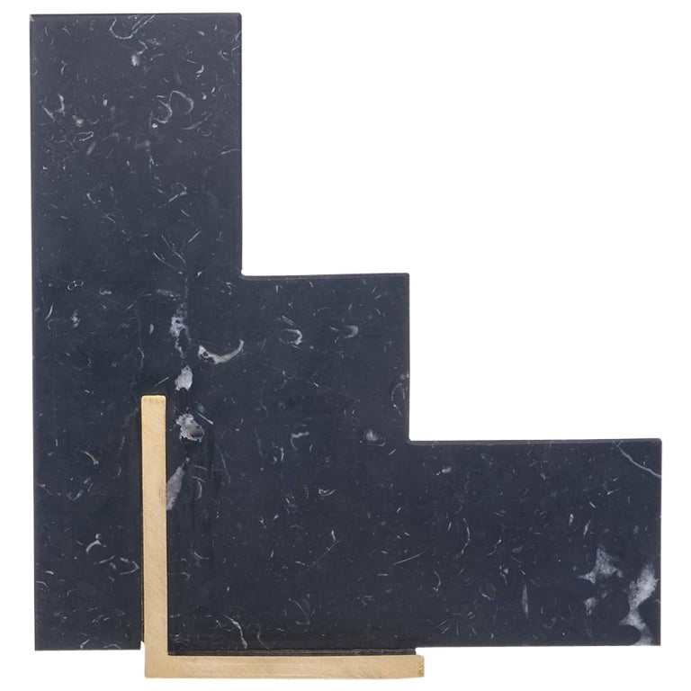 Steppy Bookend in Nero Marquina Marble