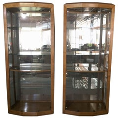 Stunning Pair of Large Glass and Maple Henredon Curio Cabinets