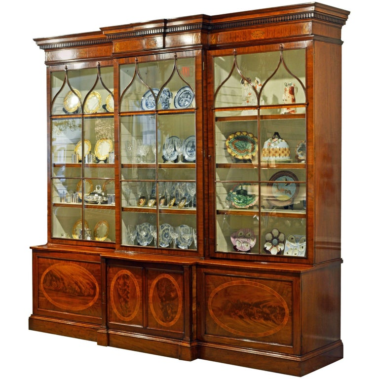 Majestic 19th Century English George III Inlaid Mahogany Breakfront Bookcase For Sale