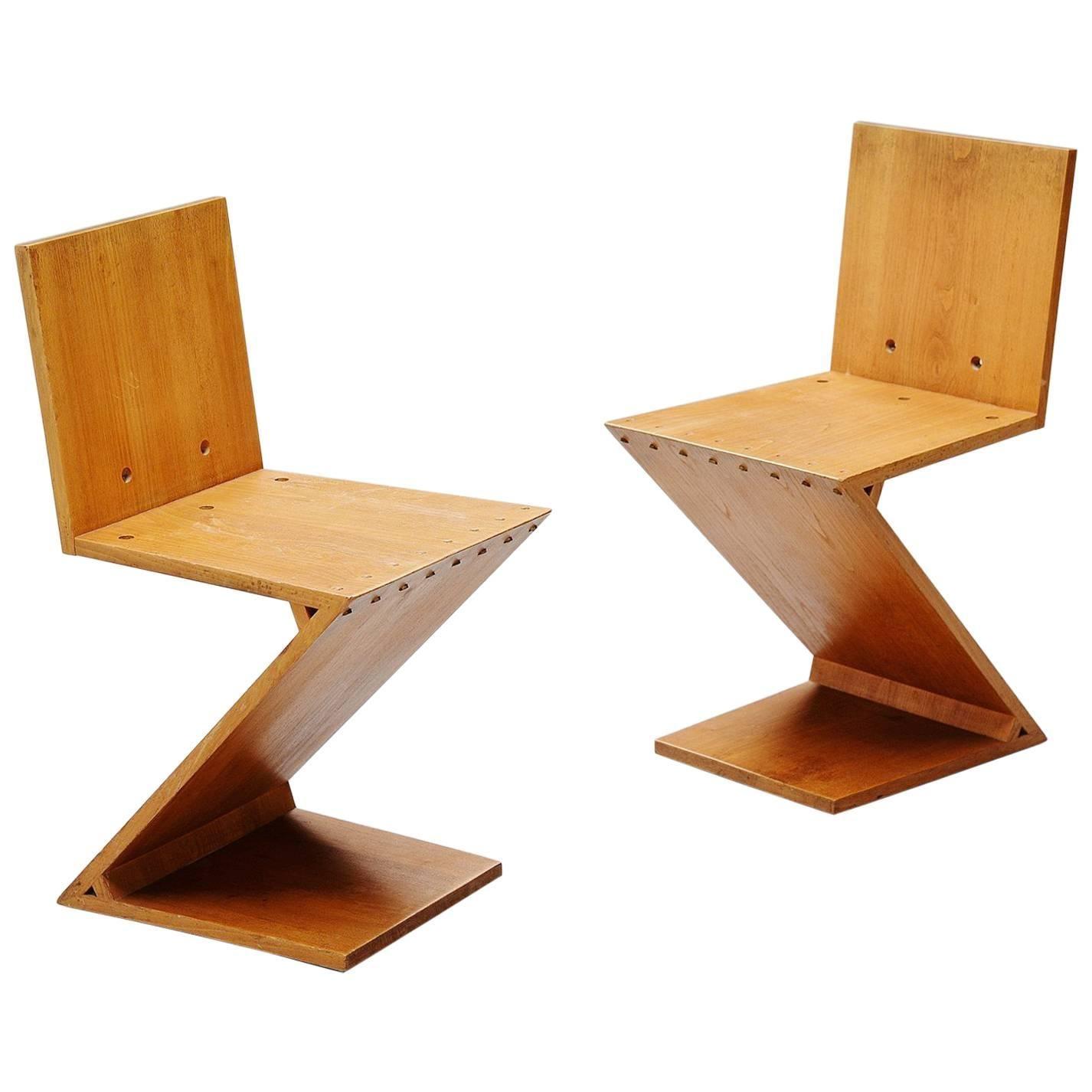 Gerrit Rietveld Zig Zag Chair Pair G.A.v.d. Groenekan, 1965