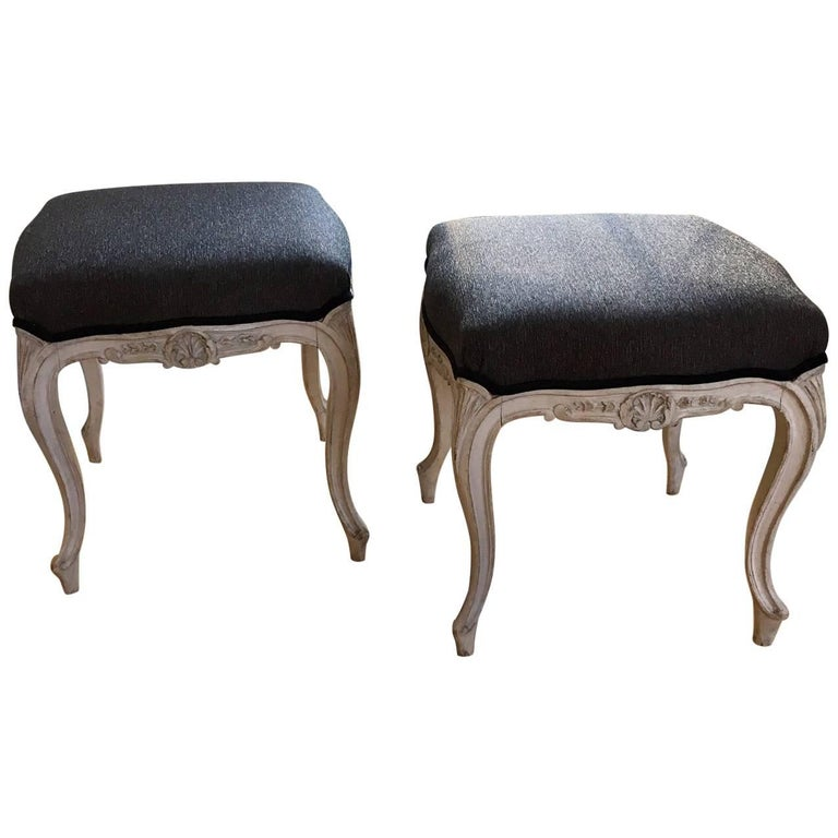 Early 20th Century Pair of Danish Louis XVI Style Stools For Sale