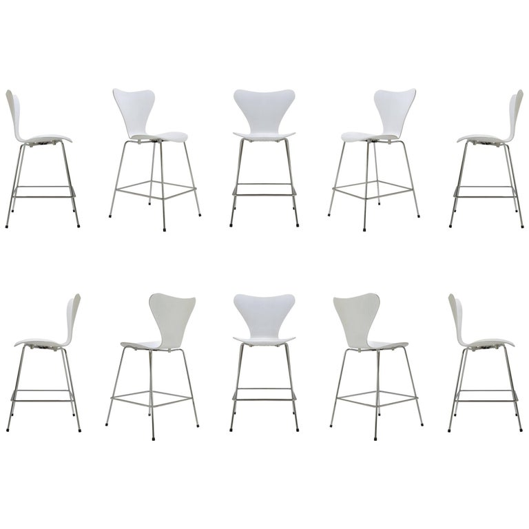 Series 7 Stools in White Ash by Arne Jacobsen for Fritz Hansen, Set of Ten