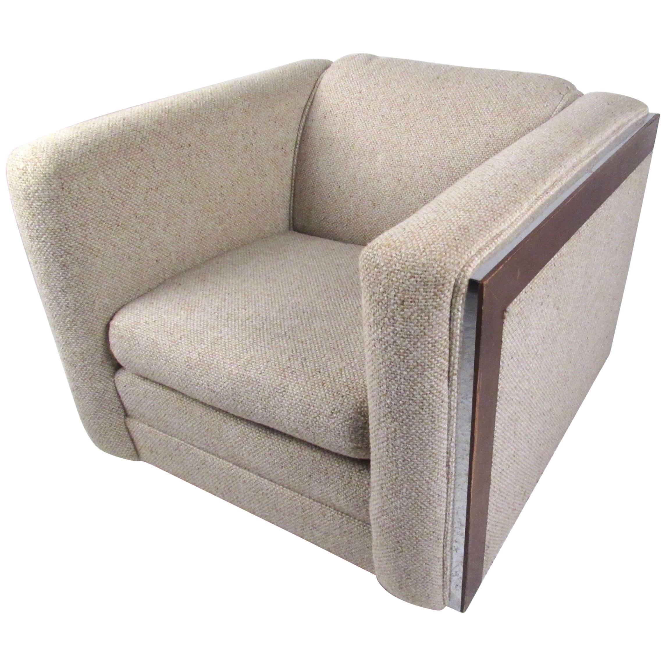 Stylish Retro Club Chair by Flexsteel