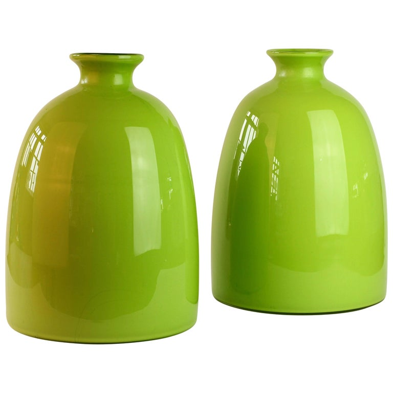 Colorful Tall Pair of Green Vintage Italian Murano Glass Vases by Cenedese For Sale