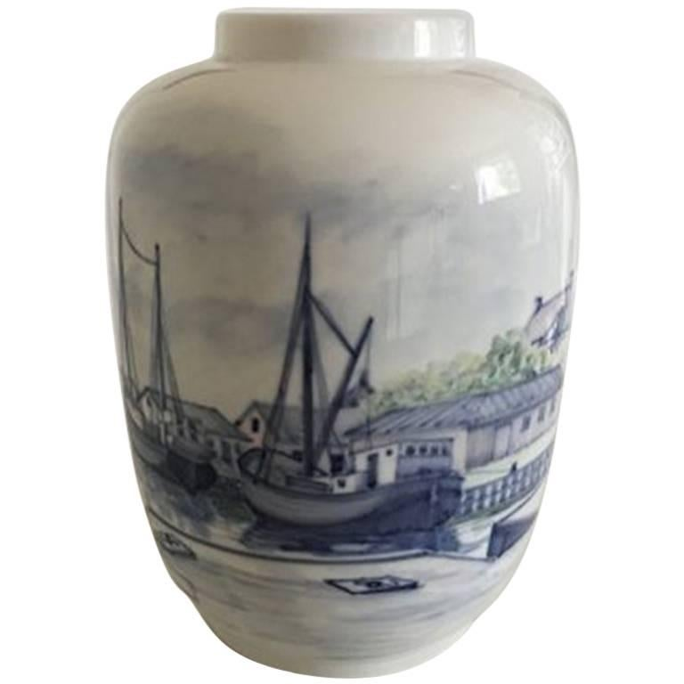Royal Copenhagen Unique Vase by Lars Swane #C 151 For Sale