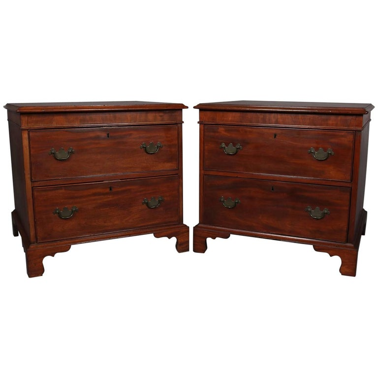 Pair of English Georgian Mahogany Two-Drawer End Tables, circa 1840