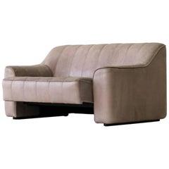 Zweisitziges Leder-Sofa DS44 von De Sede mit ausziehbarer Sitzfläche