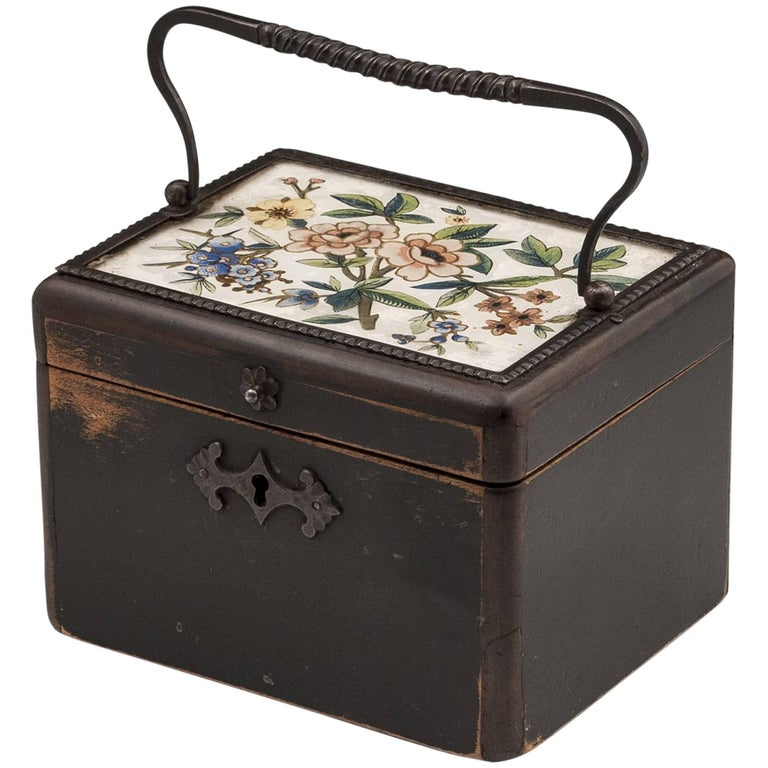 Continental Georgian Wooden Sycamore Hungarian Tea Caddy, Early 19th Century