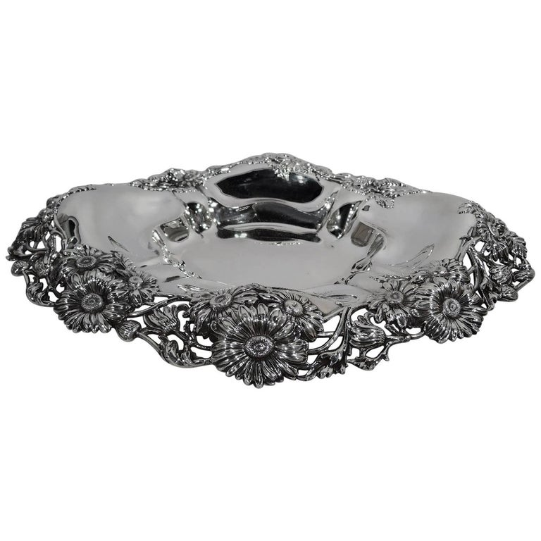 Antique American Sterling Silver Daisy Bowl