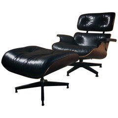 Original Herman Miller Eames Designed 670 Lounge Chair and Matching 671 Ottoman