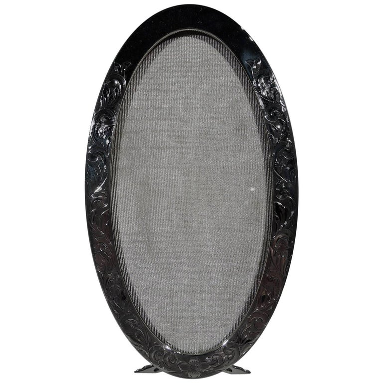 Pretty American Edwardian Sterling Silver Oval Picture Frame