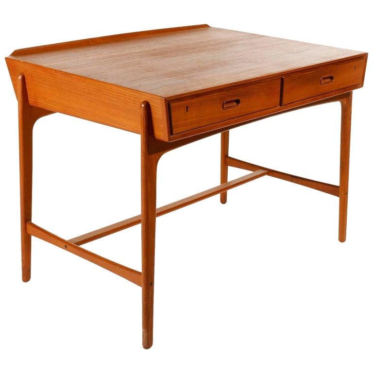 Svend Aage Madsen Freestanding Teak Desk for Sigurd Hansen, Denmark, 1960