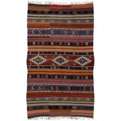 Southwest Boho Chic Vintage Turkish Kilim Rug Flat-Weave Kilim