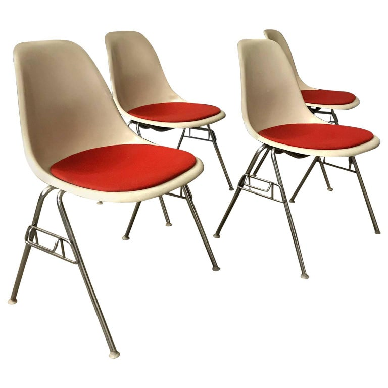 1948, Ray & Charles Eames for Herman Miller, Fiberglas Stacking Side Chair