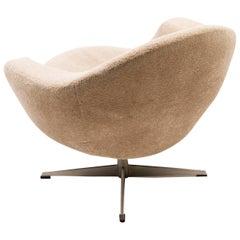 Scandinavian Teddy Bear Swivel Lounge Chair