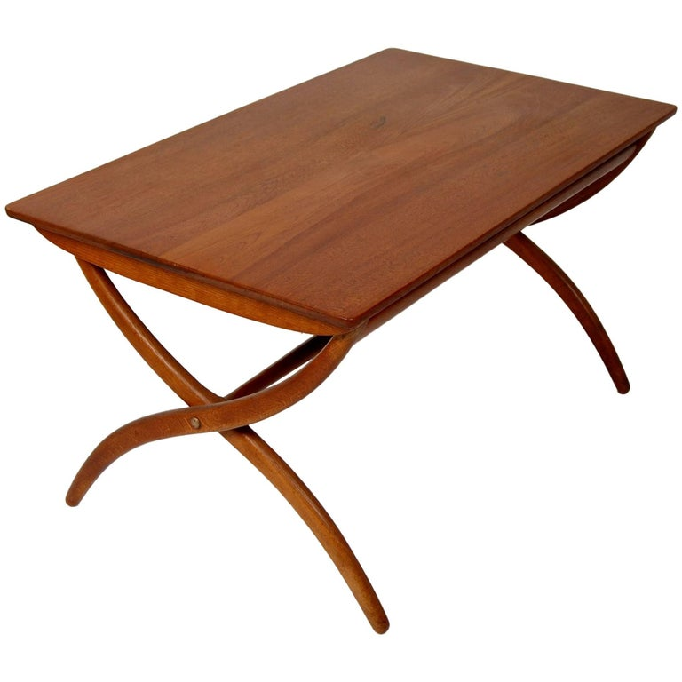 Danish Modern Ole Wanscher Adjustable Coffee / Dinette Table For Sale