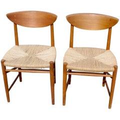 Pair of Scandinavian Modern Mod. 313 Teak Chairs Designed by Peter Hvidt