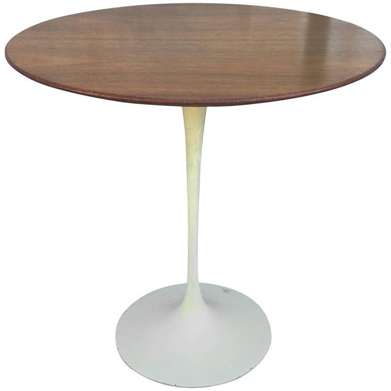 Vintage Knoll Walnut Tulip Side Table by Eero Saarinen