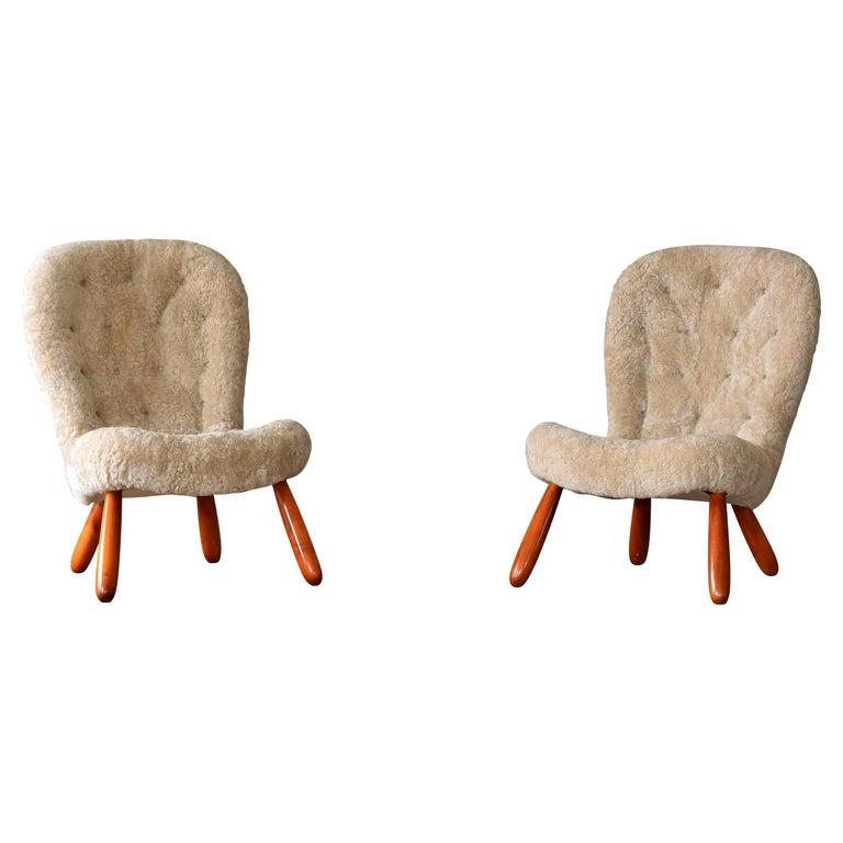 Philip Arctander, Musslinge/Clam Lounge Chairs, Beige Sheepskin, Birch, 1940s