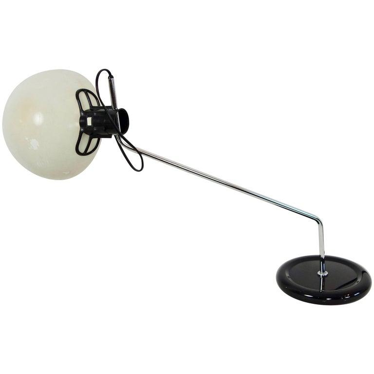 Midcentury Bakelite and Enameled Steel Desk Lamp