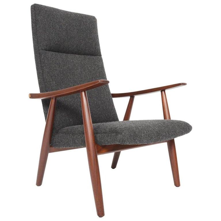 Hans Wegner for GETAMA GE-260 Lounge Chair