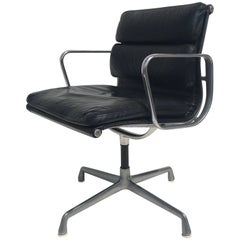 Herman Miller Black Leather Swivelling Soft Pad Chair