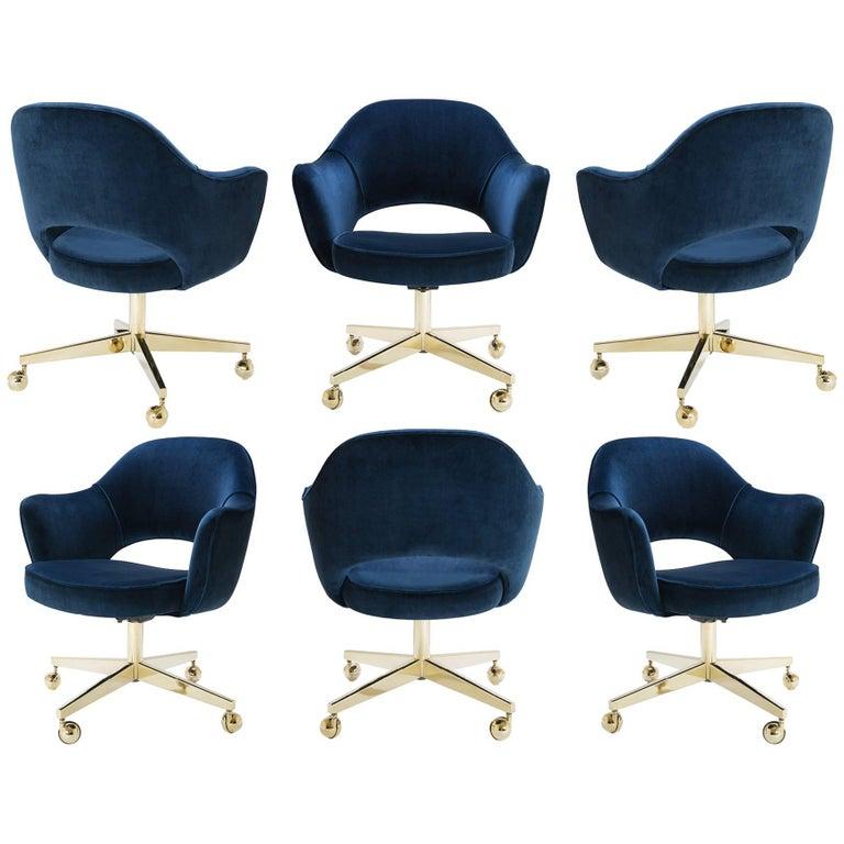Saarinen Executive Arm Chairs in Navy Velvet, Swivel Base, 24k Gold Edition - 6