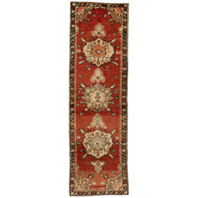 Vintage Turkish Oushak Rug Runner in Classic Medallion Pattern, Hallway Runner