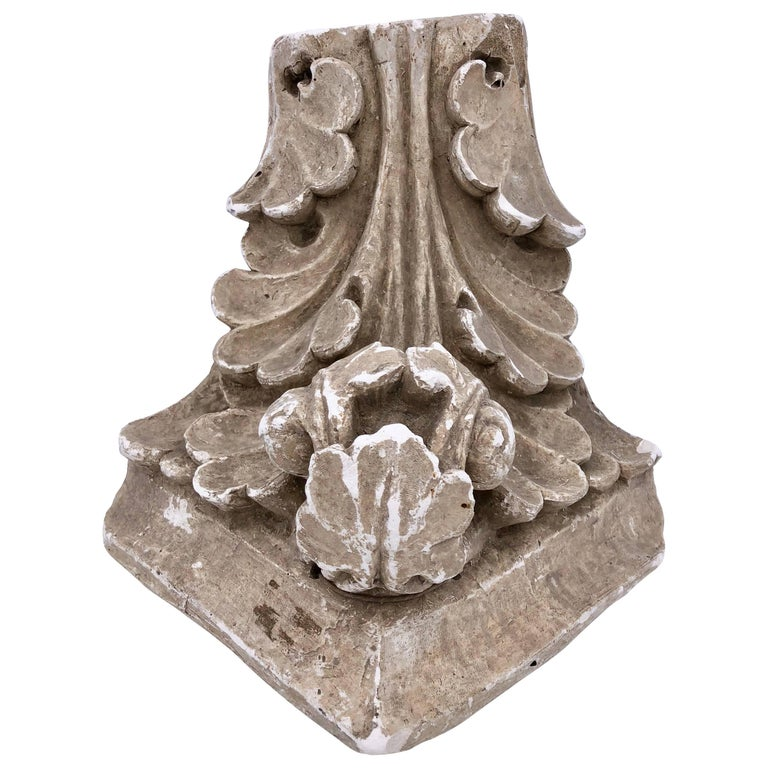 French Parisian Plaster Corner Corinthian Style Wall Sconce, Early 1900s