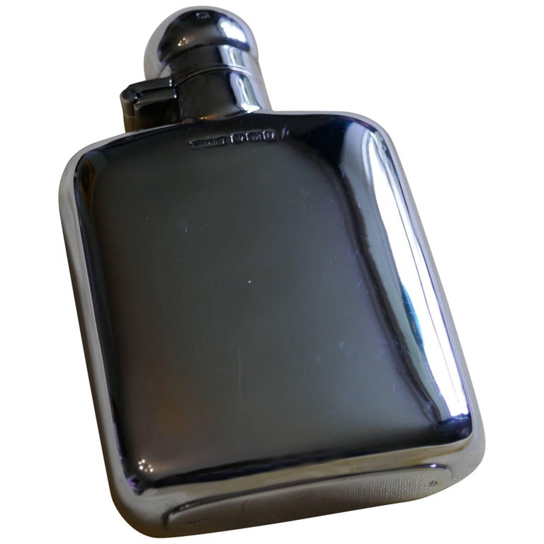 Lovely Silver Hall Marked Flask, James Dixon & sons Date 1922