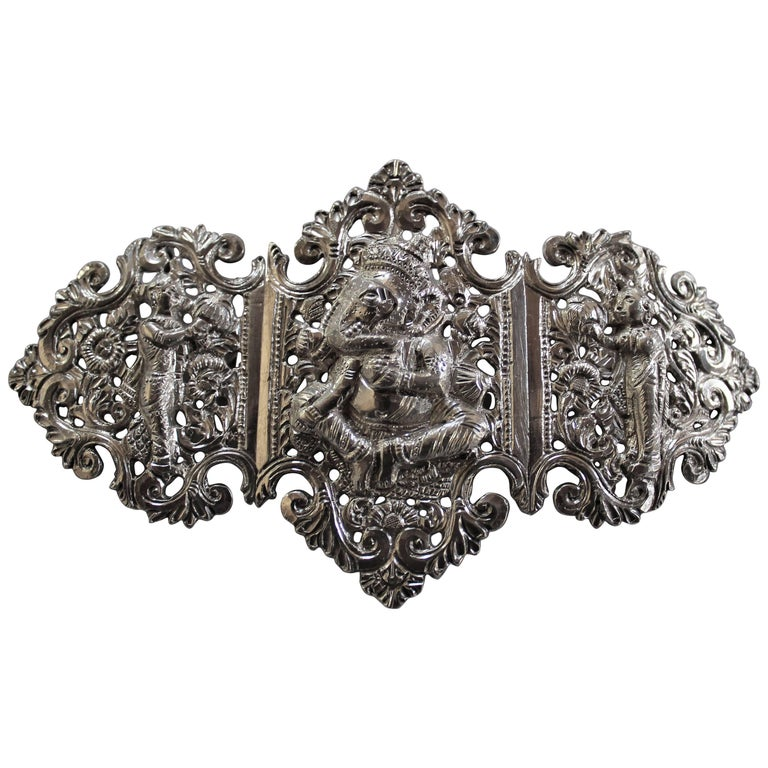 Anglo-Indian Silver Belt Buckle with Red and Black Belts For Sale