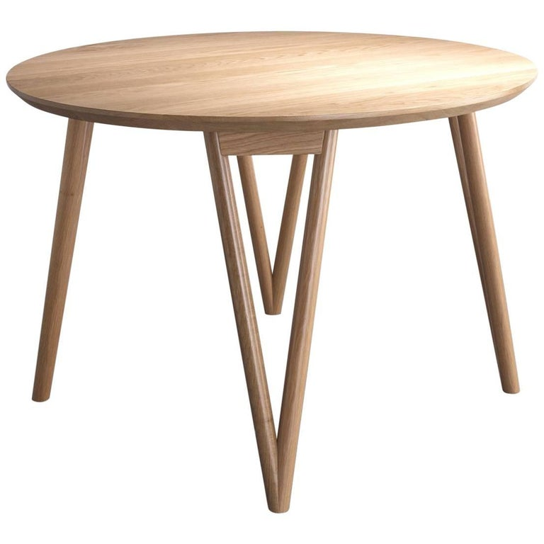 Hair Pin Table 42, Round White Oak Hardwood, Dining, Centre Table For Sale