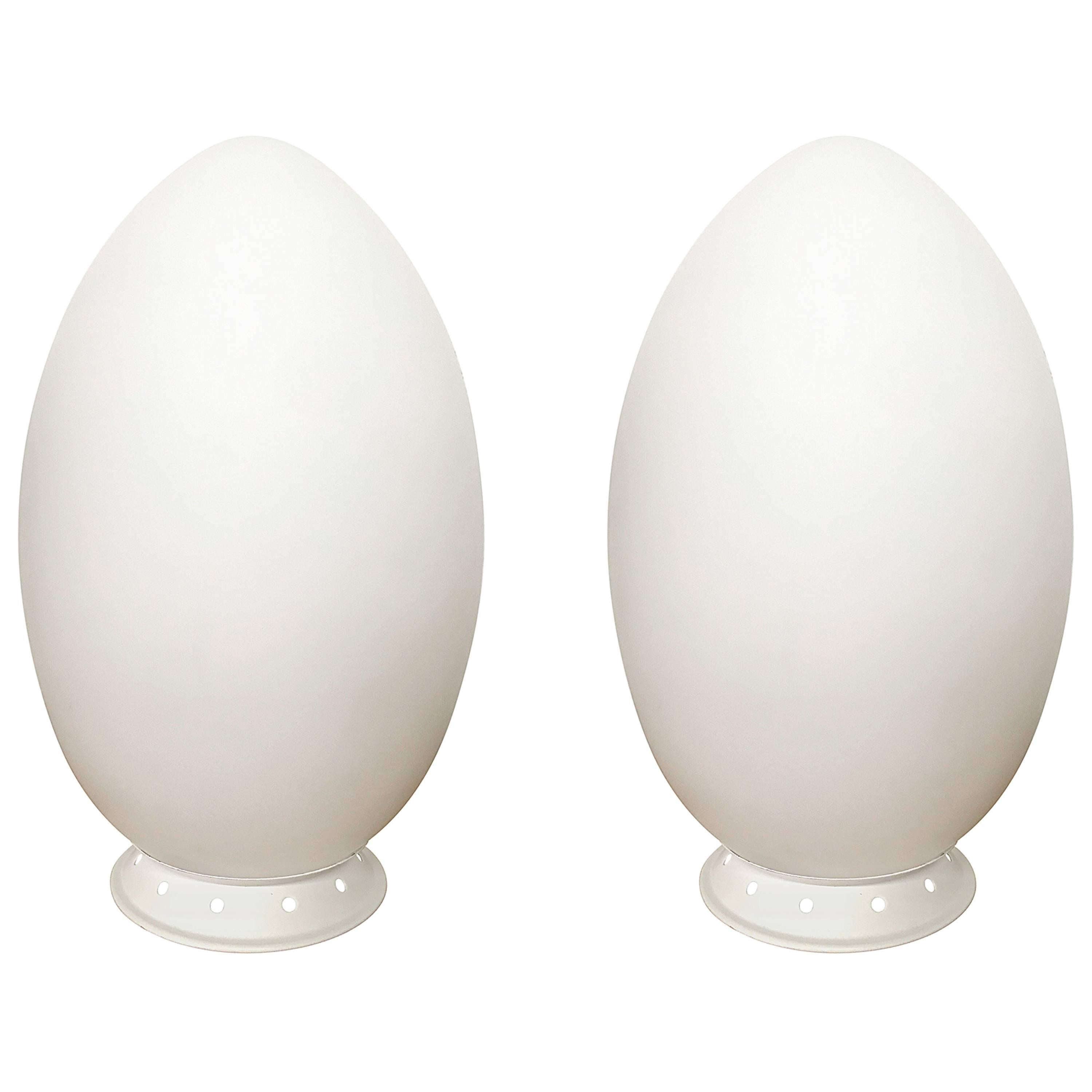 """Pair of Ben Swildens """"Uovo"""" or Egg Table Lamps for Fontana Arte"""