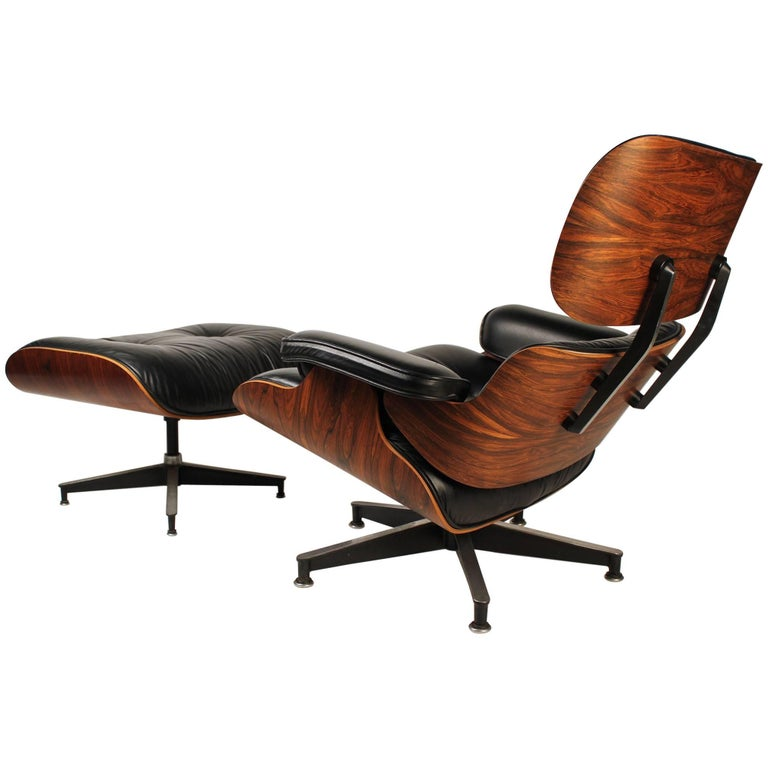 Vintage Rosewood Charles Eames 670 Lounge Chair & 671 Ottoman for Herman Miller For Sale