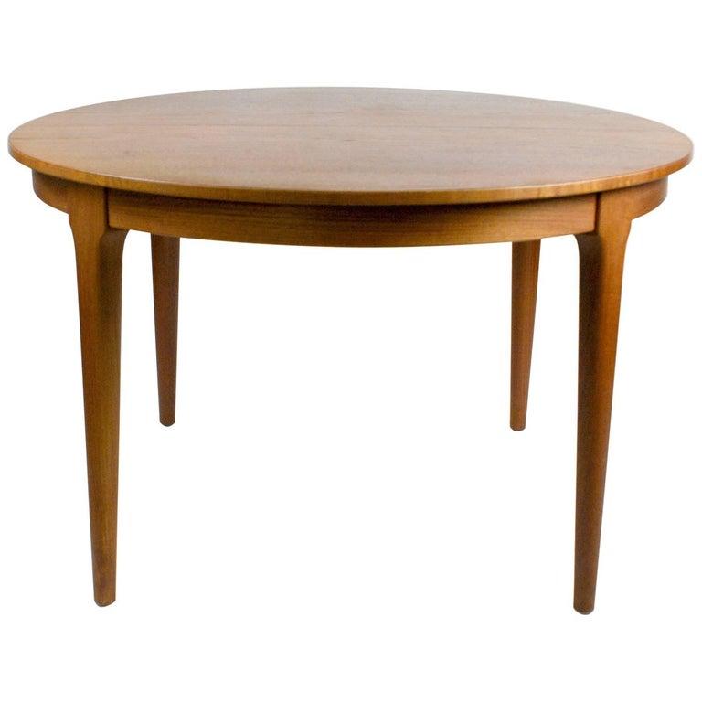 Extendable Scandinavian Circular Teak Dining Table by Frem Rolje