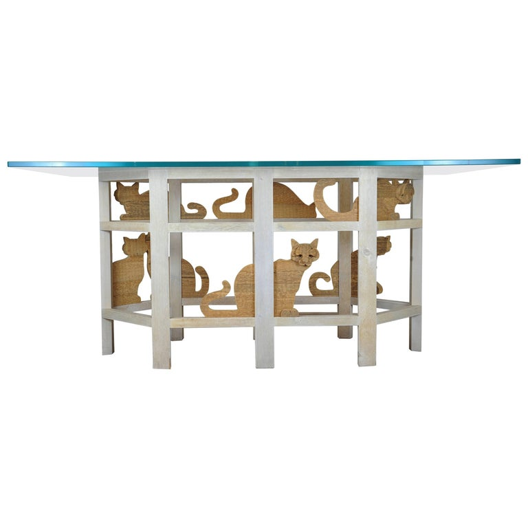 Table with Cats
